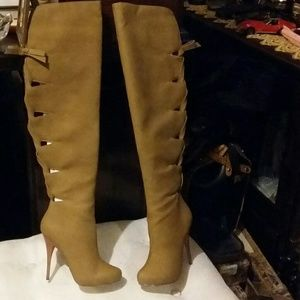 NWOT MICHAEL ANTONIO STUDIO TAN LEATHER THIGH HIGH